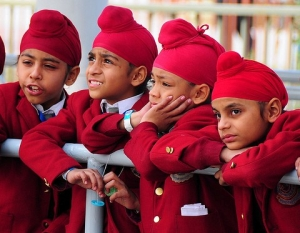 UK Sikh children at school